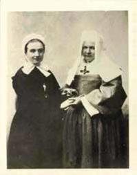 Photo de Marie HEURTIN avec Sœur Marguerite