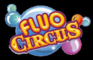 Logo de Fluo Circus le nom apparaît devant des bulles de savon de couleurs